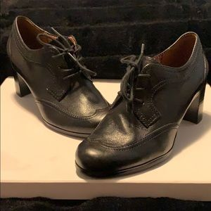 NWOT Naturalizer leather Chunky heel boot